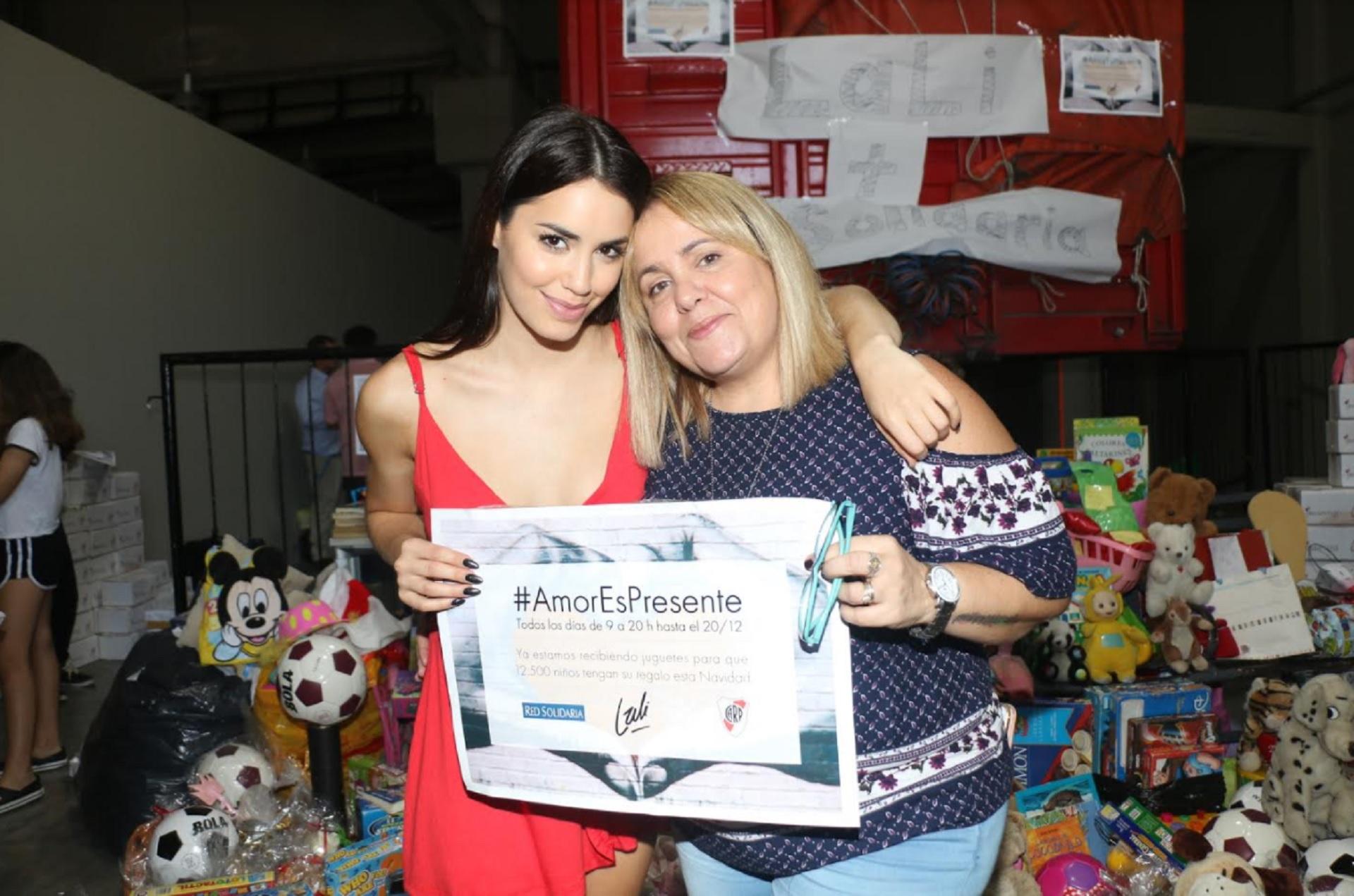 La cantante estuvo presente en el evento que realizó River junto a Red Solidaria (Fotos: Verónica Guerman)