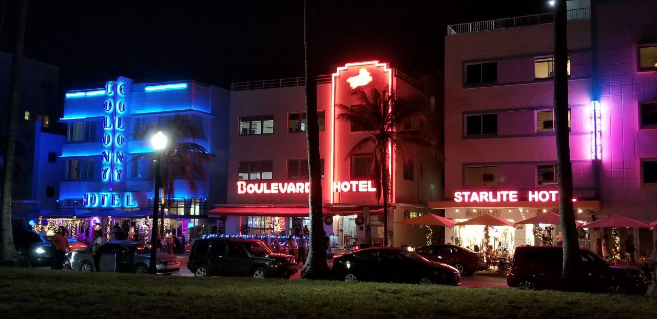 Ocean Drive, Miami Beach (Infobae)