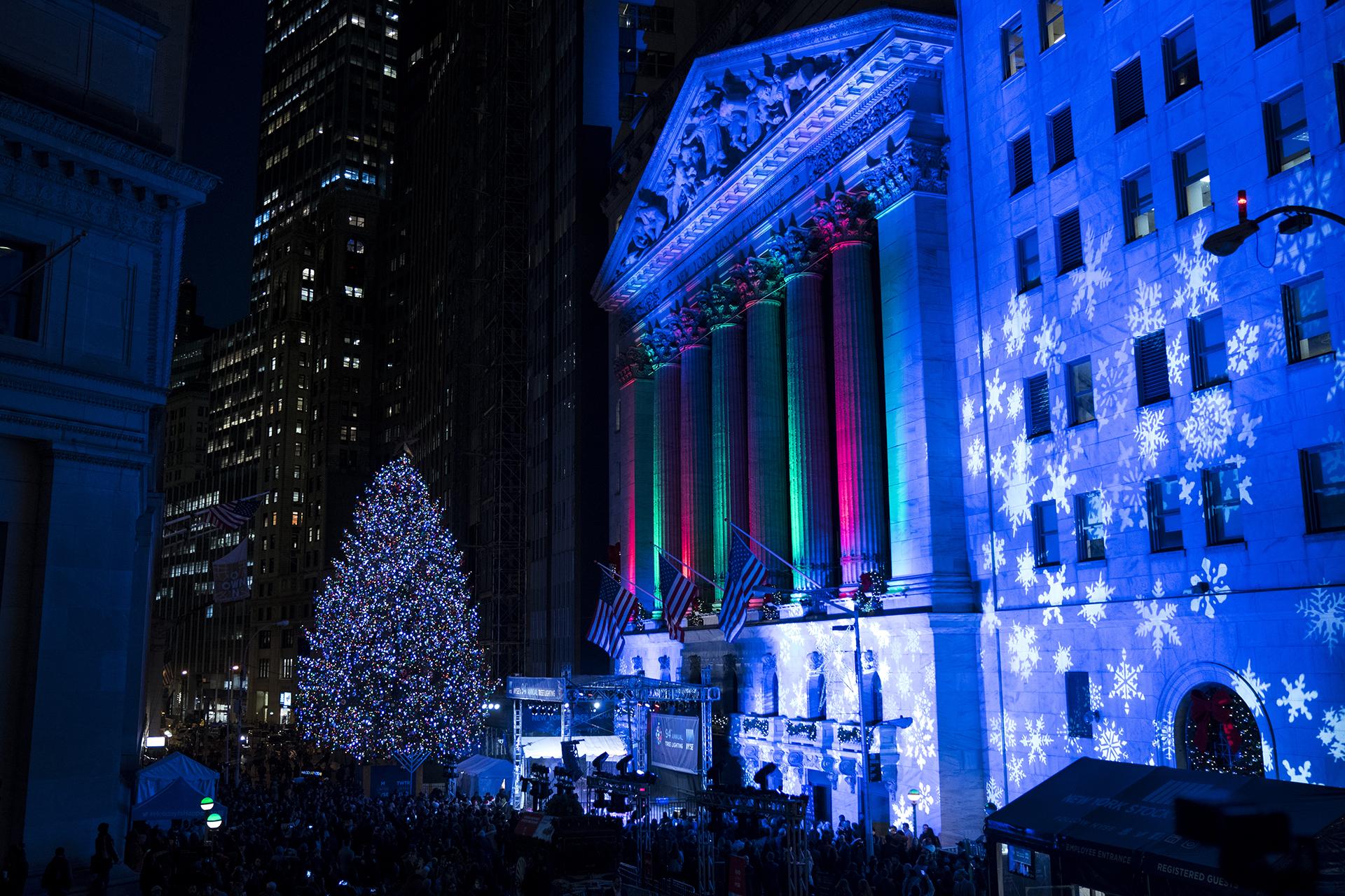 La Bolsa de Nueva York tiene su propio árbol en el distrito financiero de la ciudad