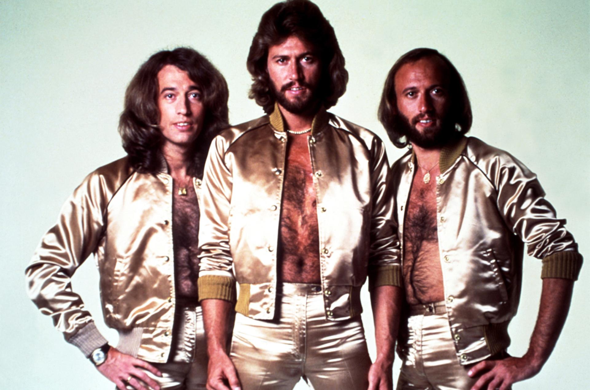 Pese a que en algunos momentos fueron subestimados, los Bee Gees integran el listado de los artistas más exitosos de todos los tiempos