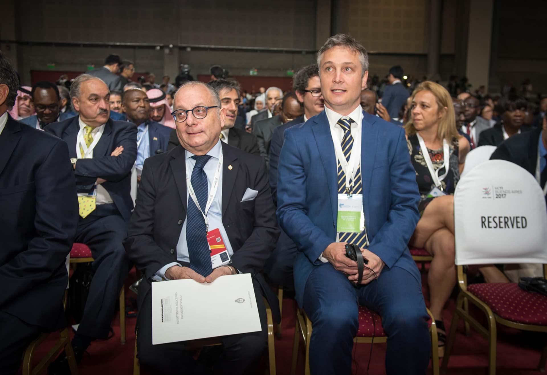 El canciller argentino, Jorge Faurie, y el secretario general de la Presidencia, Fernando De Andreis