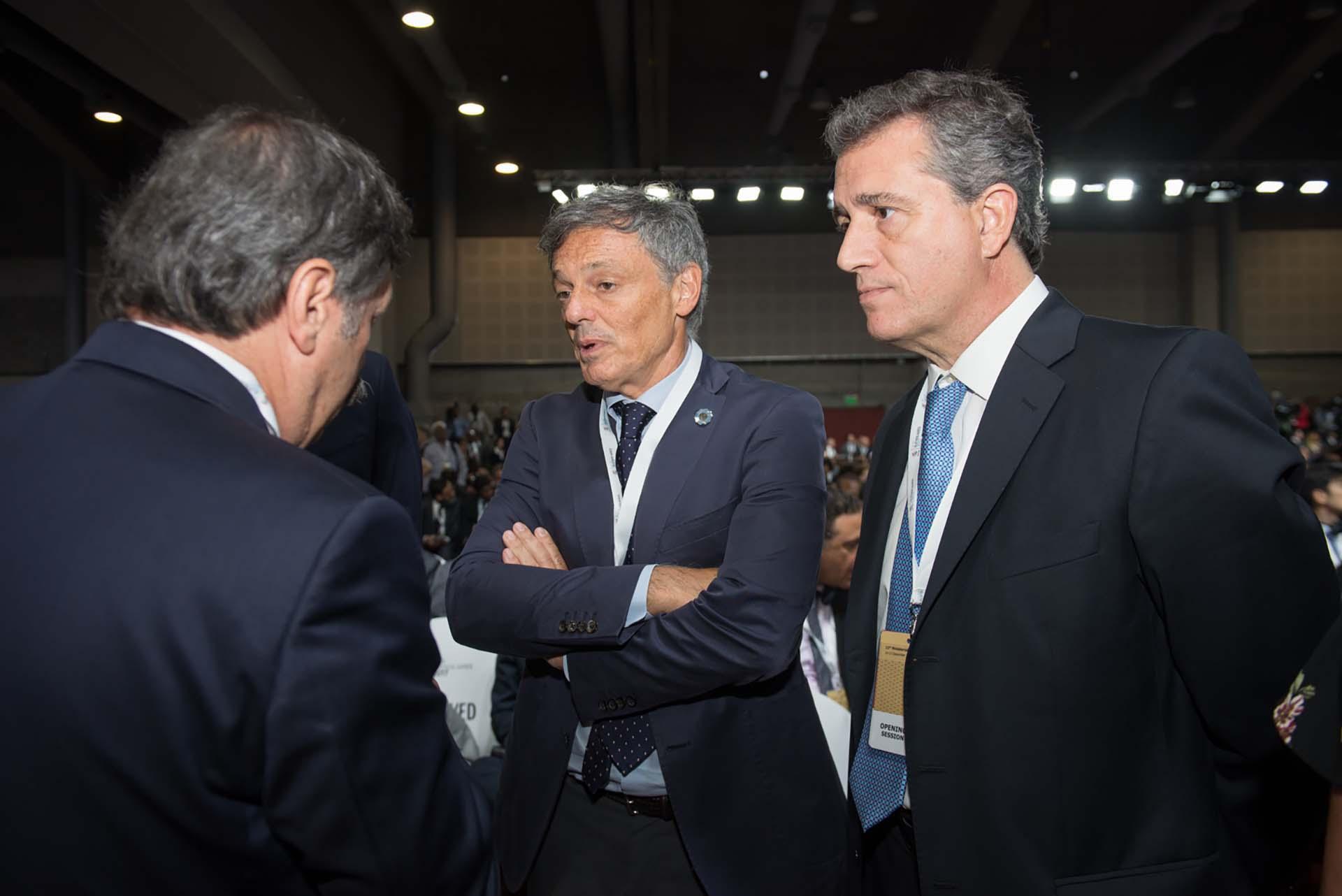 Los ministros Francisco Cabrera y Luis Miguel Etchevehere