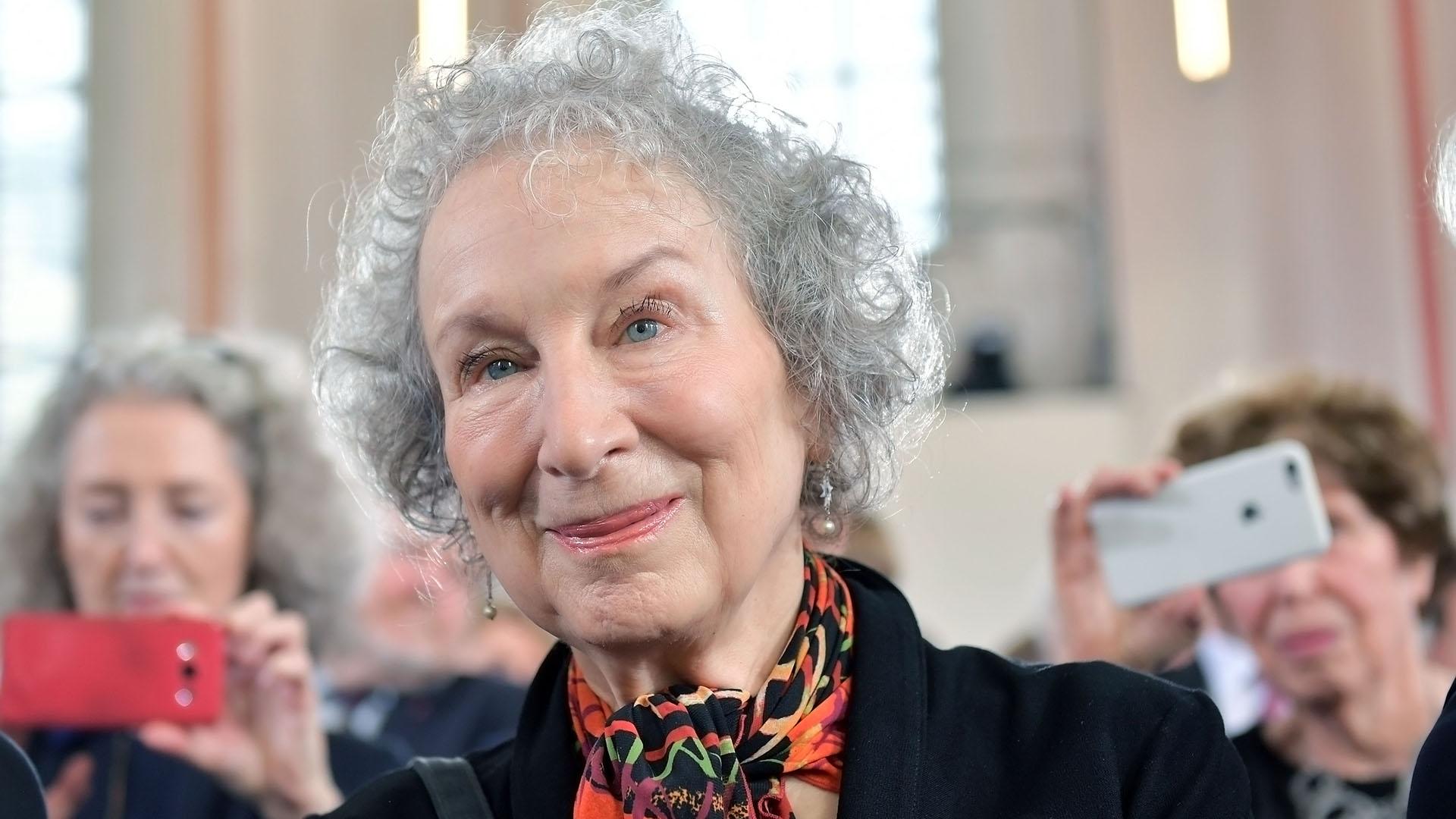 Margaret Atwood le pidió a Gabriela Michetti por la legalización del aborto en la Argentina (Getty Images)
