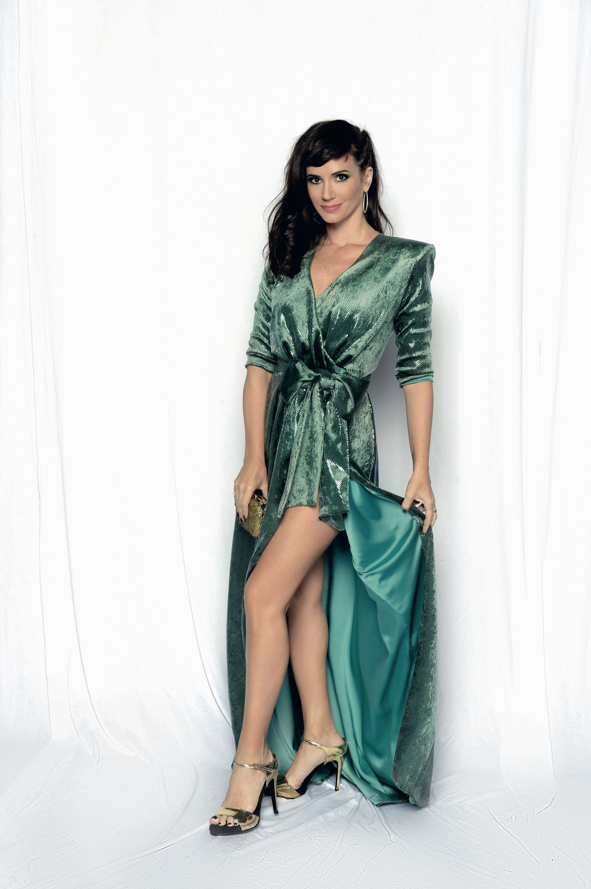 Griselda Siciliani, vestido de Artemis Atelier, con accesorios Fahoma y Swarovski y zapatos Valdez. Foto: Diego García/GENTE