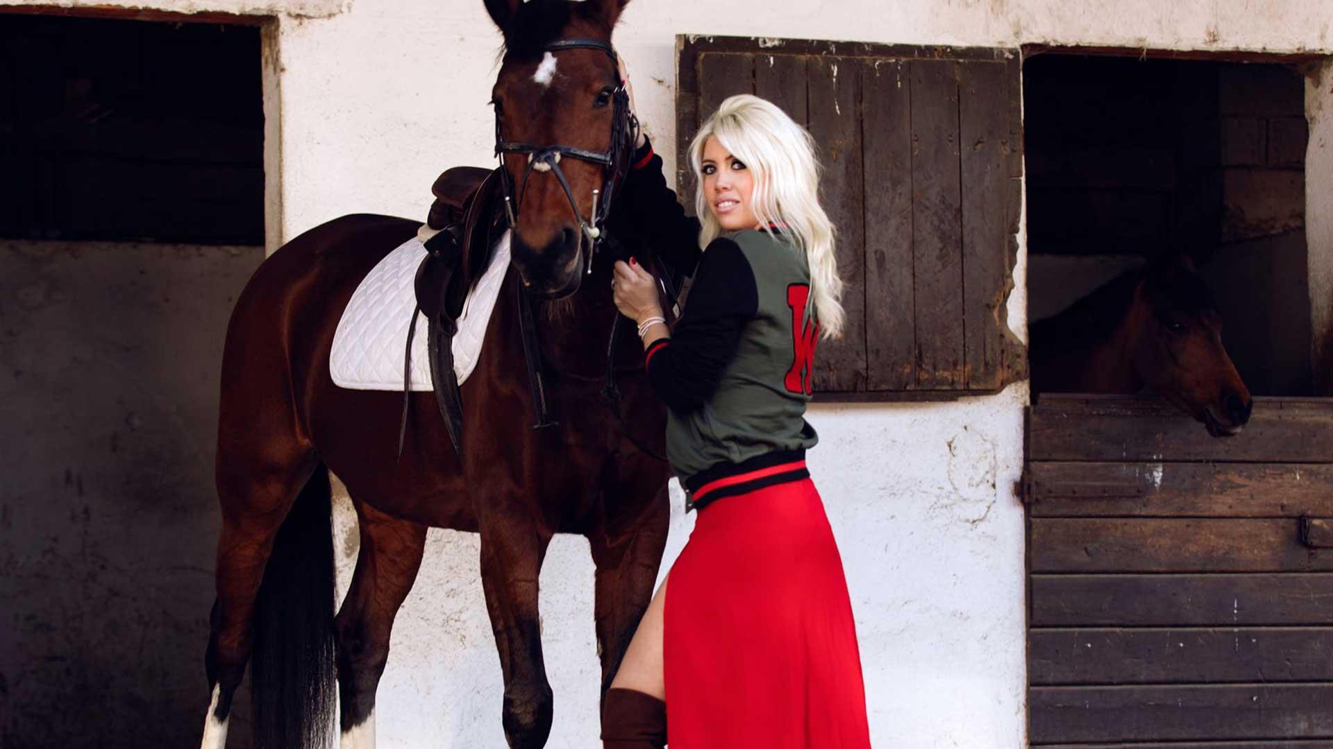 Wanda Nara amante de la moda y la equitación Fotos: Federico Canzi/Wan Collection.