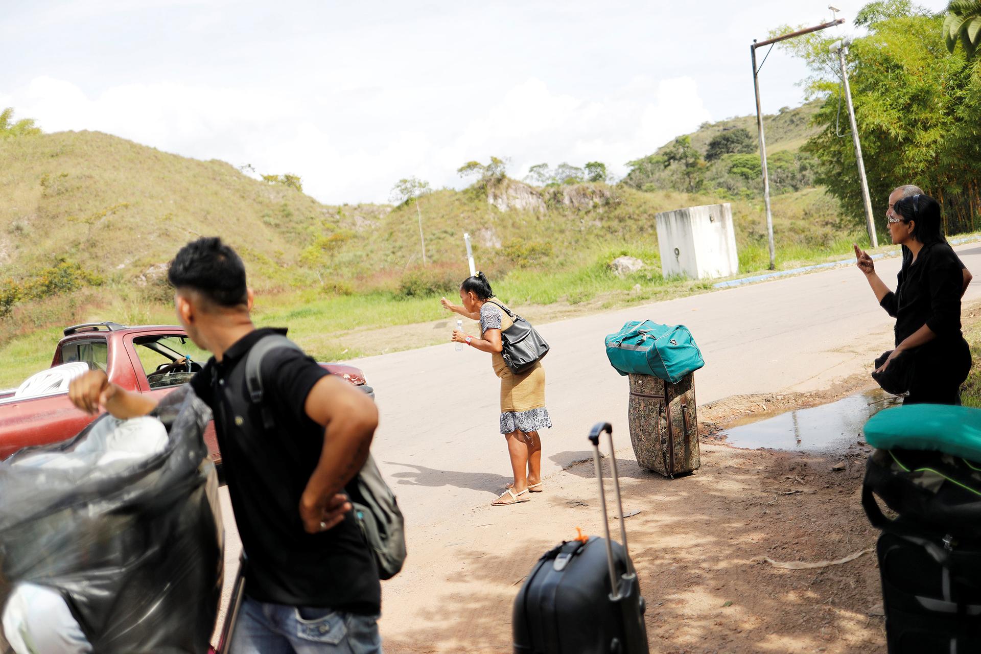 Los venezolanos dejan todo en busca de un futuro mejor (REUTERS)