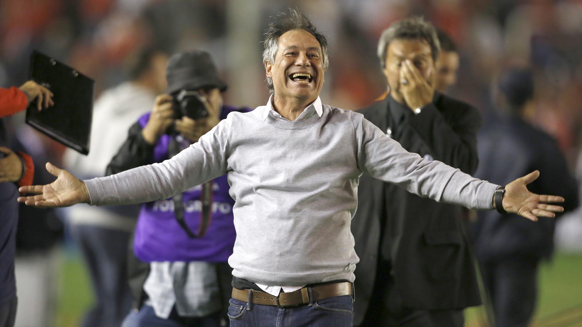 Ariel Holan, perfil del hombre que le dio un baño de historia a  Independiente - Infobae
