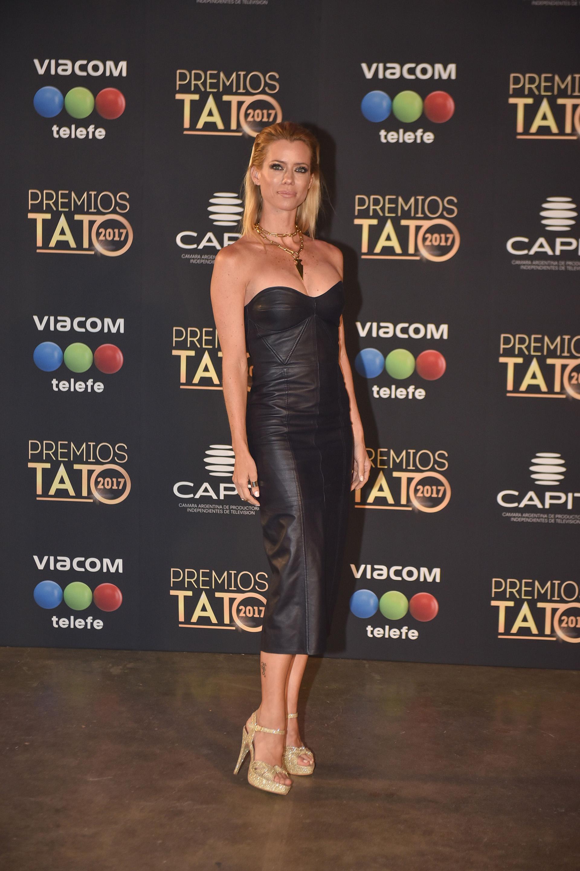Nicole Neumann en la entrega de los Premios Tato 2017
