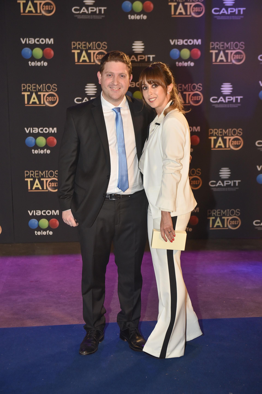 Jonathan Viale con su mujer, Micaela Krolovetzky