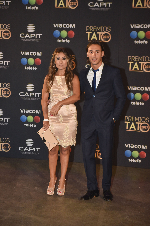 Marcela Tauro y su novio