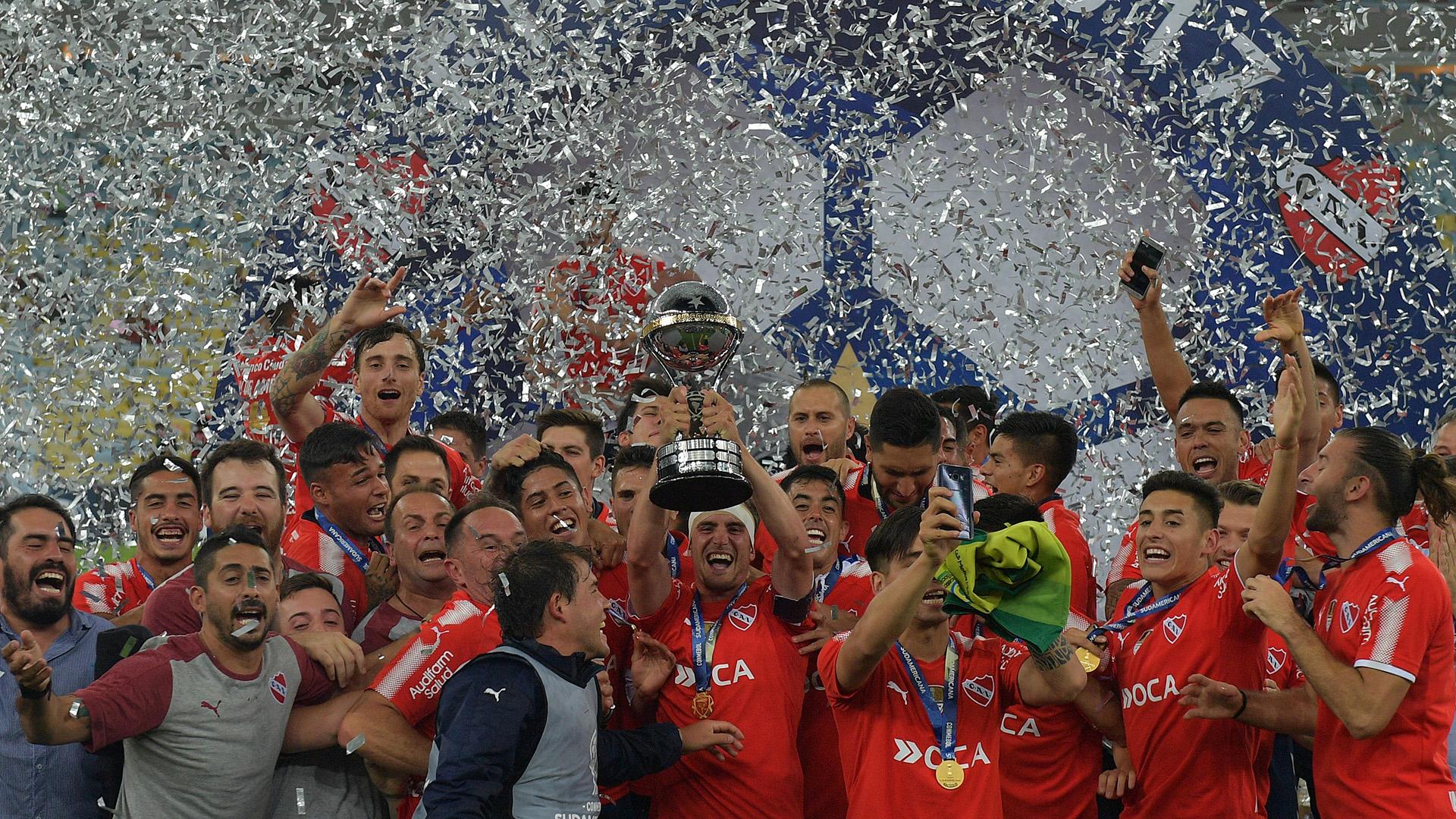 13/12 Independiente derrota al Flamengo y se convierte en campeón de la Copa Sudamericana