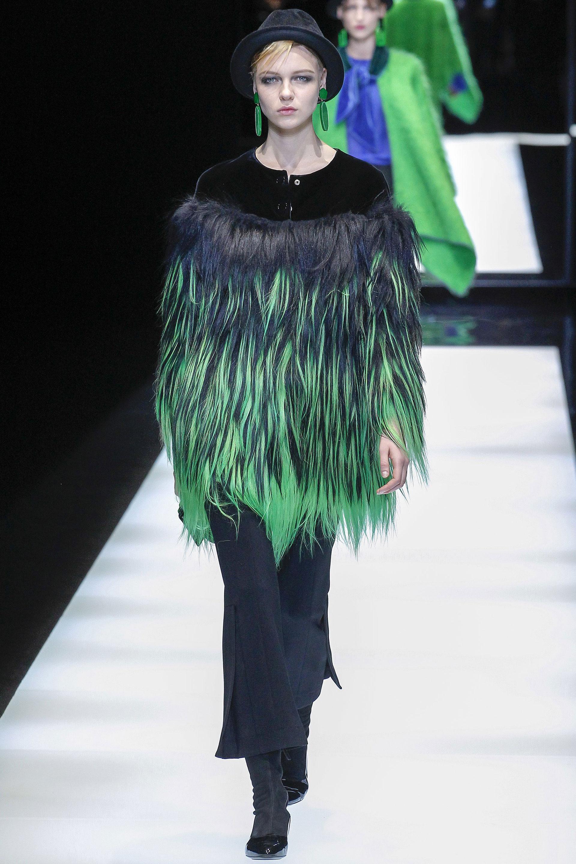 Las pieles naturales dejarán de usarse por dos grandes de la moda. Armani ya implementó texturas ecológicas