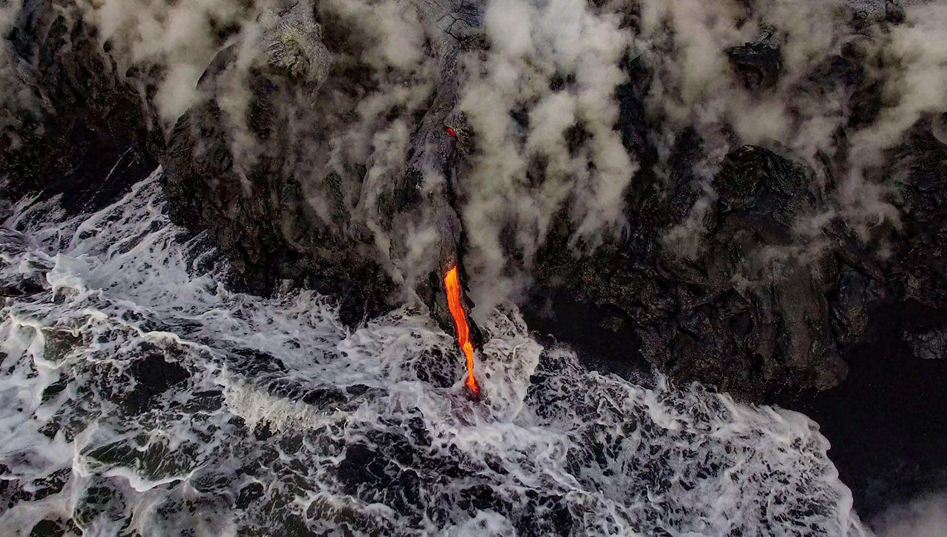 Un flujo de lava en los flancos del volcán Kilauea, en Hawaii.