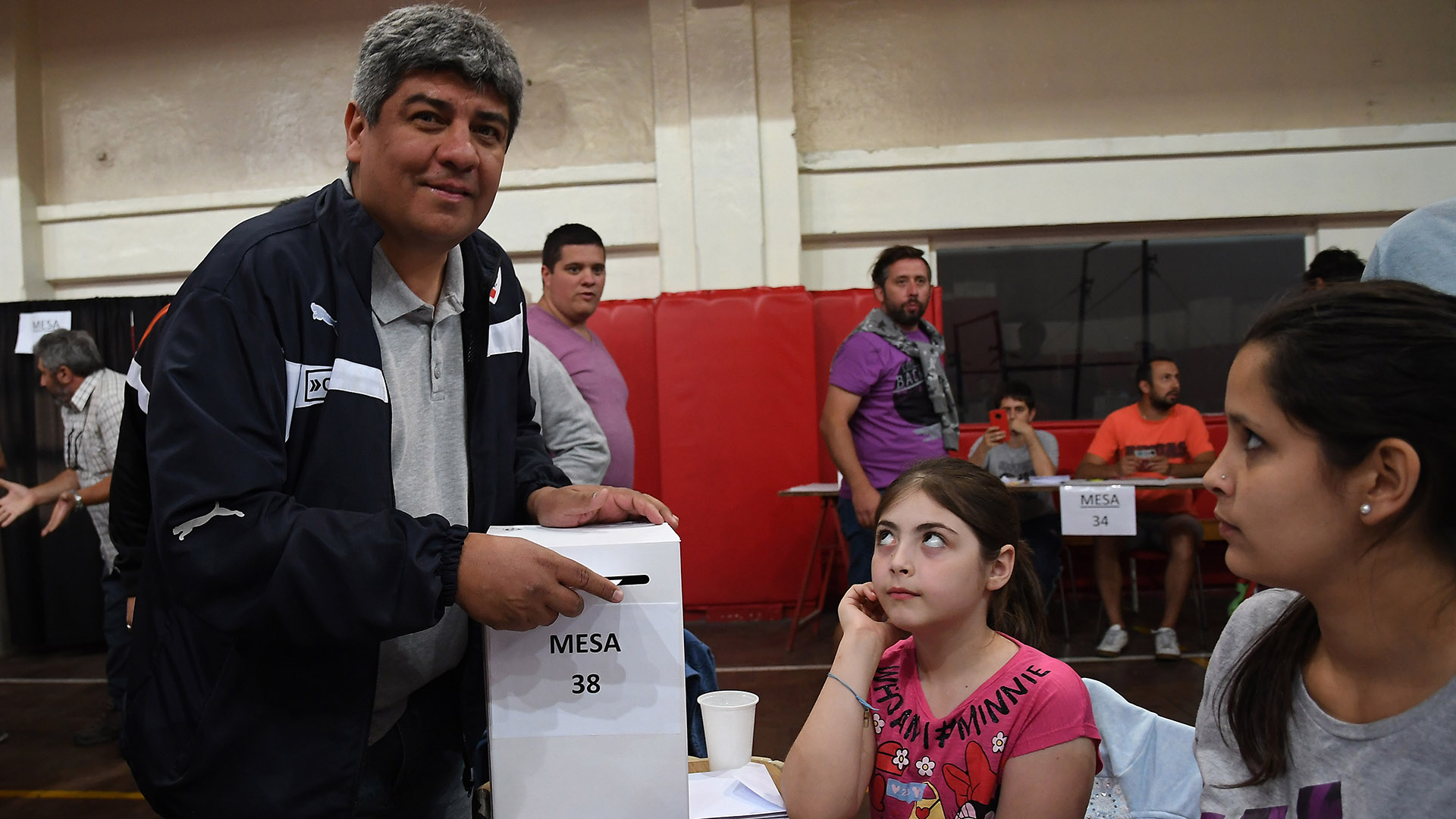 Pablo Moyano, al momento de votar en las últimas elecciones. Foto: Telam