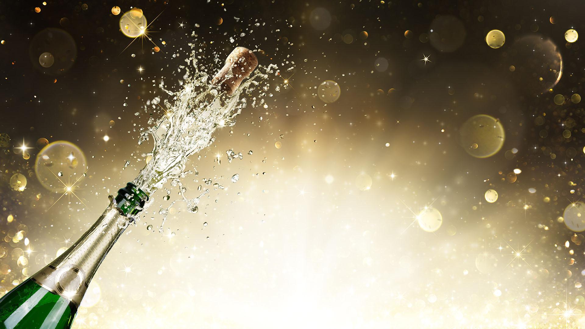 Al destapar una botella el corcho puede alcanzar velocidades de hasta 80 kilómetros por hora (Getty)