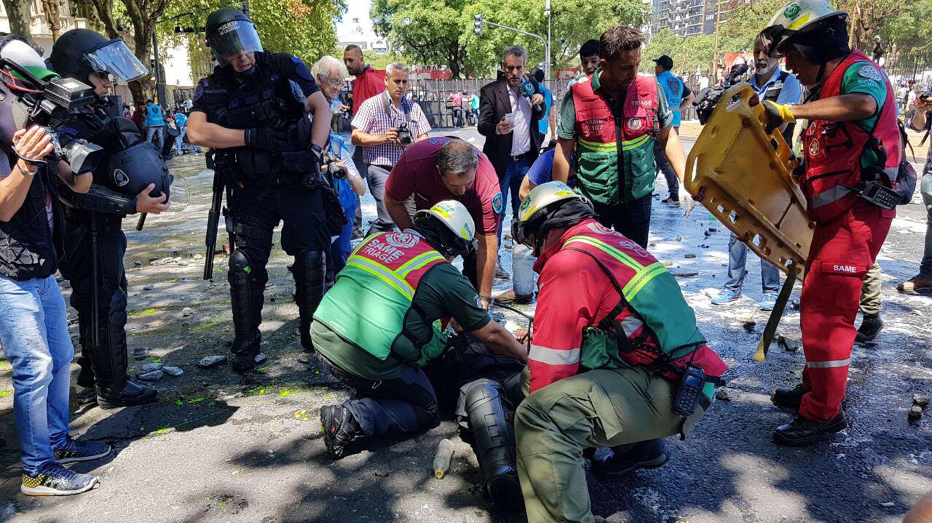 operativo policial congreso 181217 14