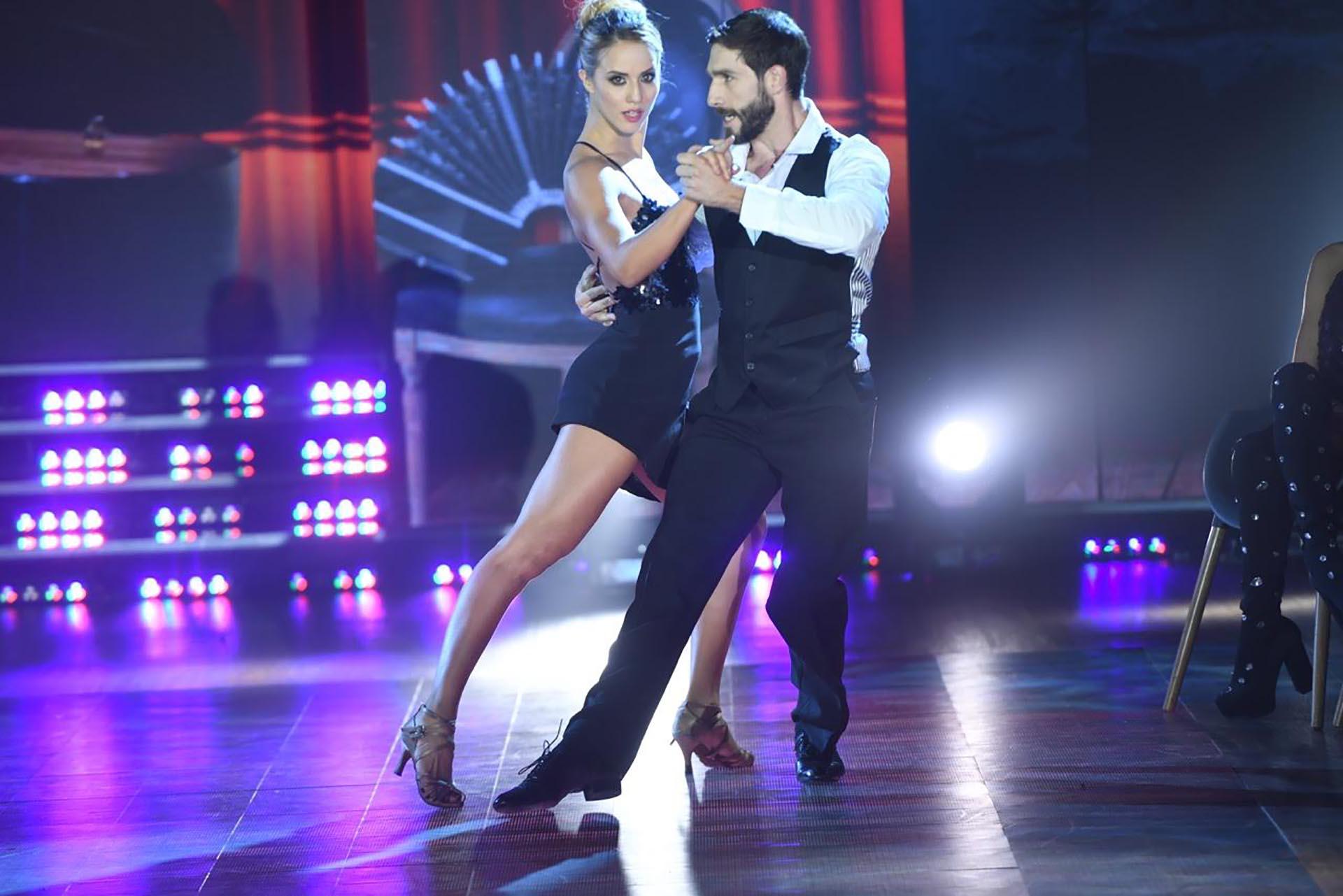 Flor Vigna y Gonzalo Gerber bailando Tango