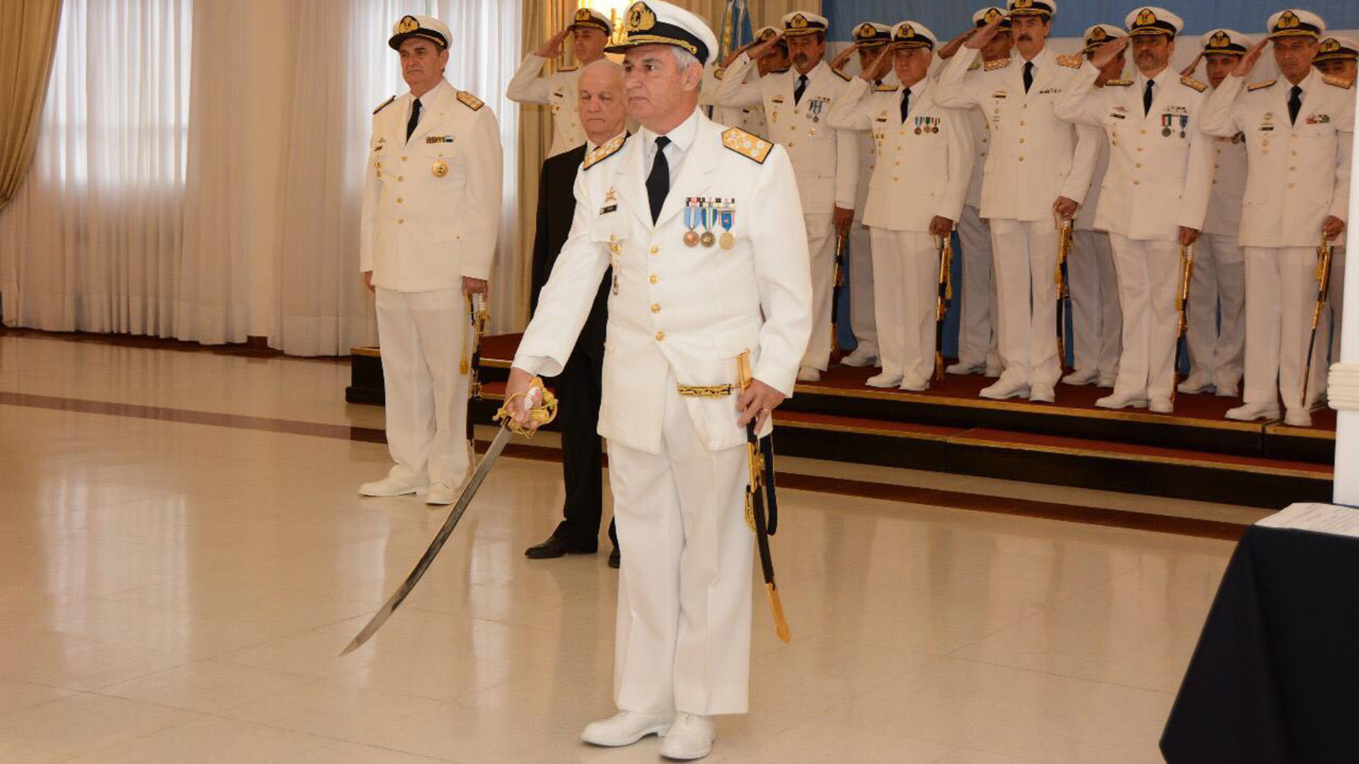 El vicealmirante José Luis Villán