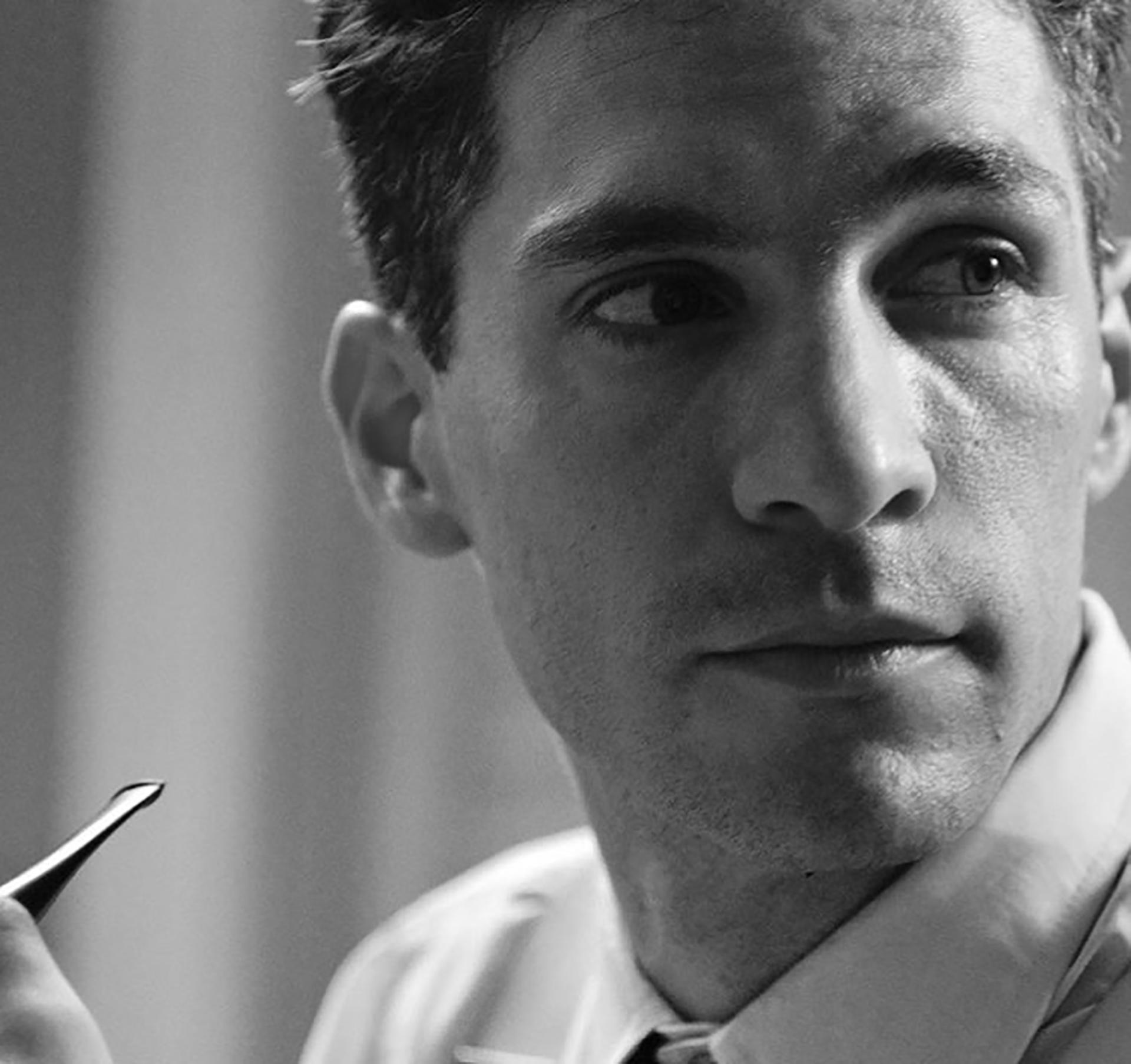 Michel Noher interpretando a Marcel Duchamp en su última película