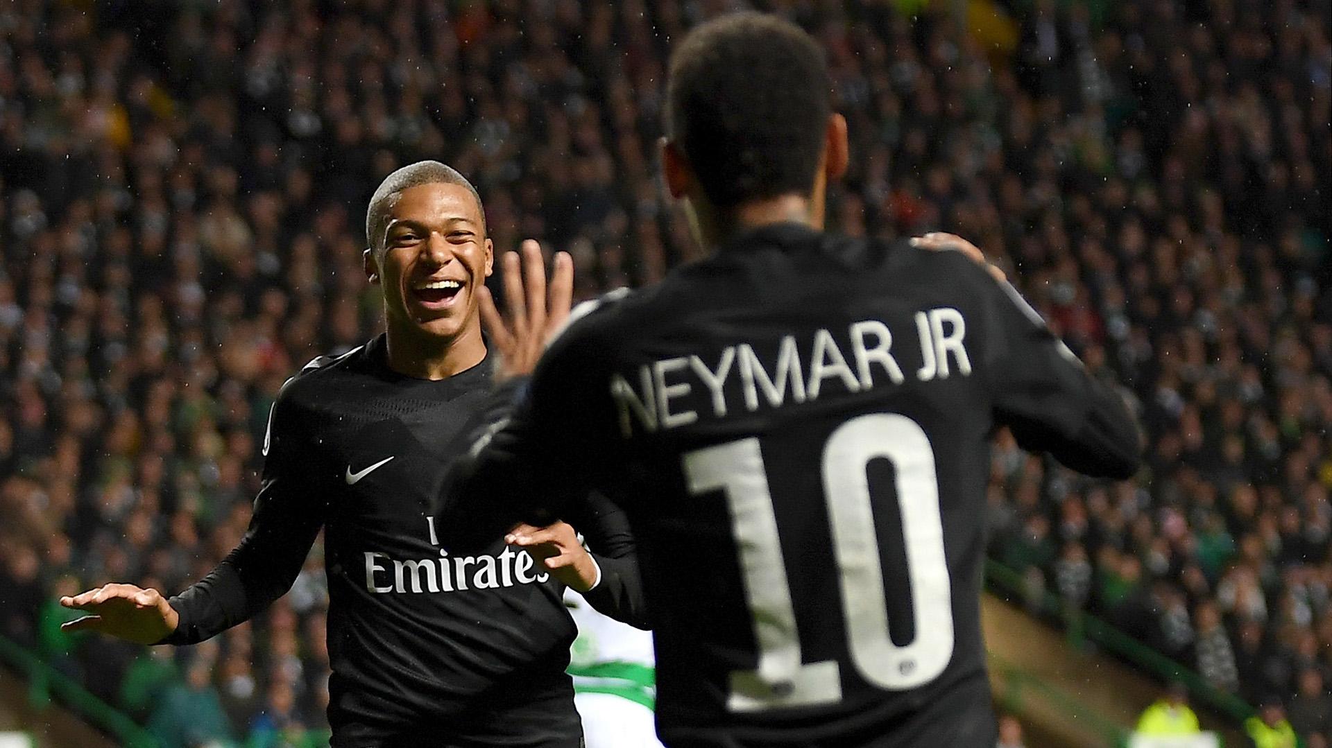 Neymar reconoció que tiene una muy buena relación con Kylian Mbappe en el PSG (Getty Images)