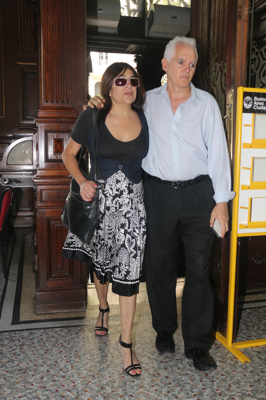Claribel Medina con el productor Marcelo Villanueva