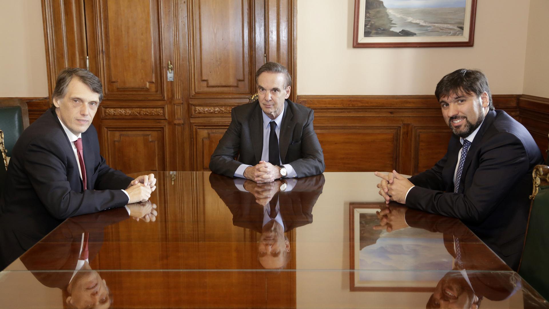 Pablo Kosiner junto a Miguel Ángel Pichetto y Diego Bossio