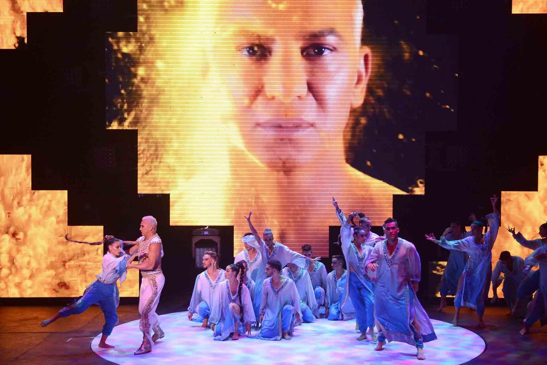 El espectáculo se presentó con éxito la temporada pasada en Córdoba y luego en Buenos Aires. Ahora regresa completamente renovado