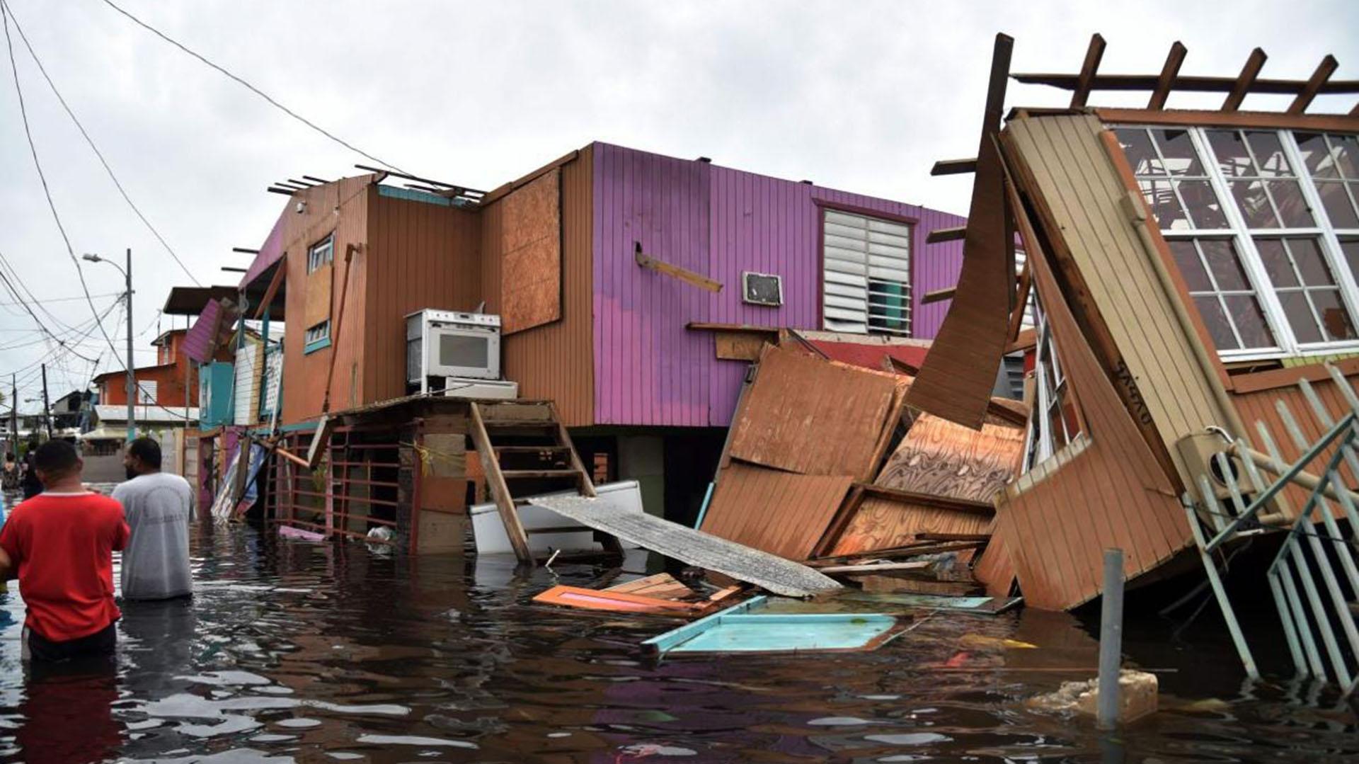 Aún 60.000 personas permanecen sin techo en Puerto Rico