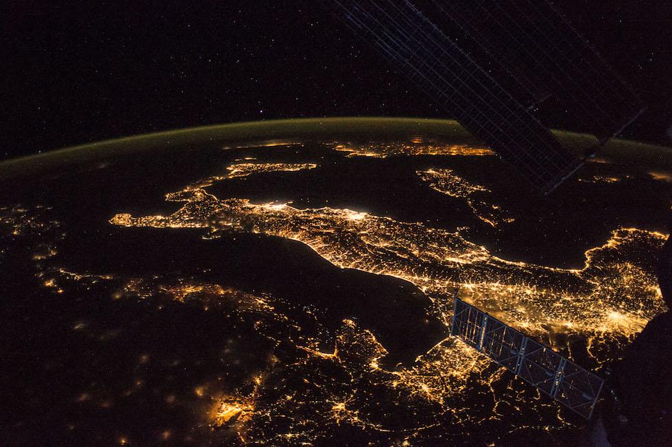 La inconfundible forma de bota de Italia vista desde la Estación Espacial Internacional (Paolo Nespoli, ESA/NASA)