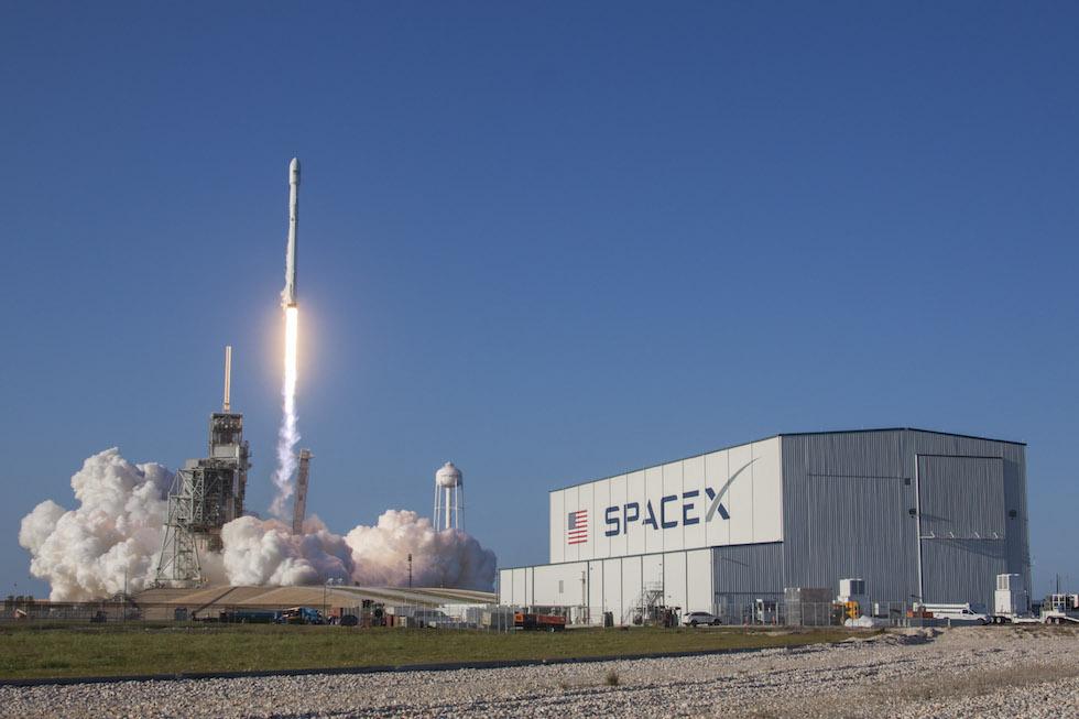 El Falcon 9 logró aterrizar exitosamente para ser reutilizado en lanzamientos posteriores (SpaceX)