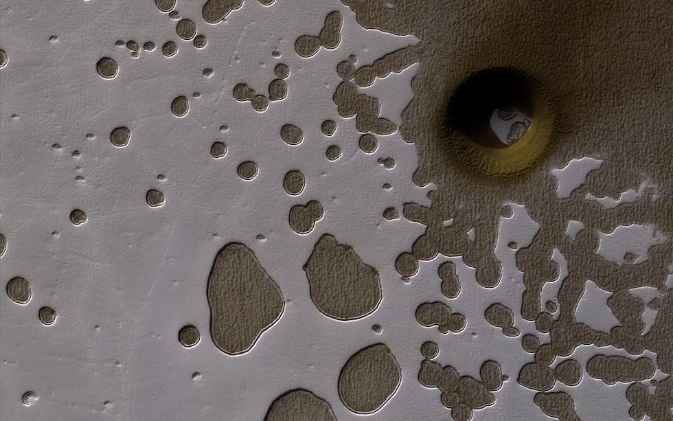 El hemisferio sur de Marte en verano, fotografiado por la sonda Mars Reconnaissance Orbiter de NASA (NASA/JPL-Caltech/Univ. of Arizona)