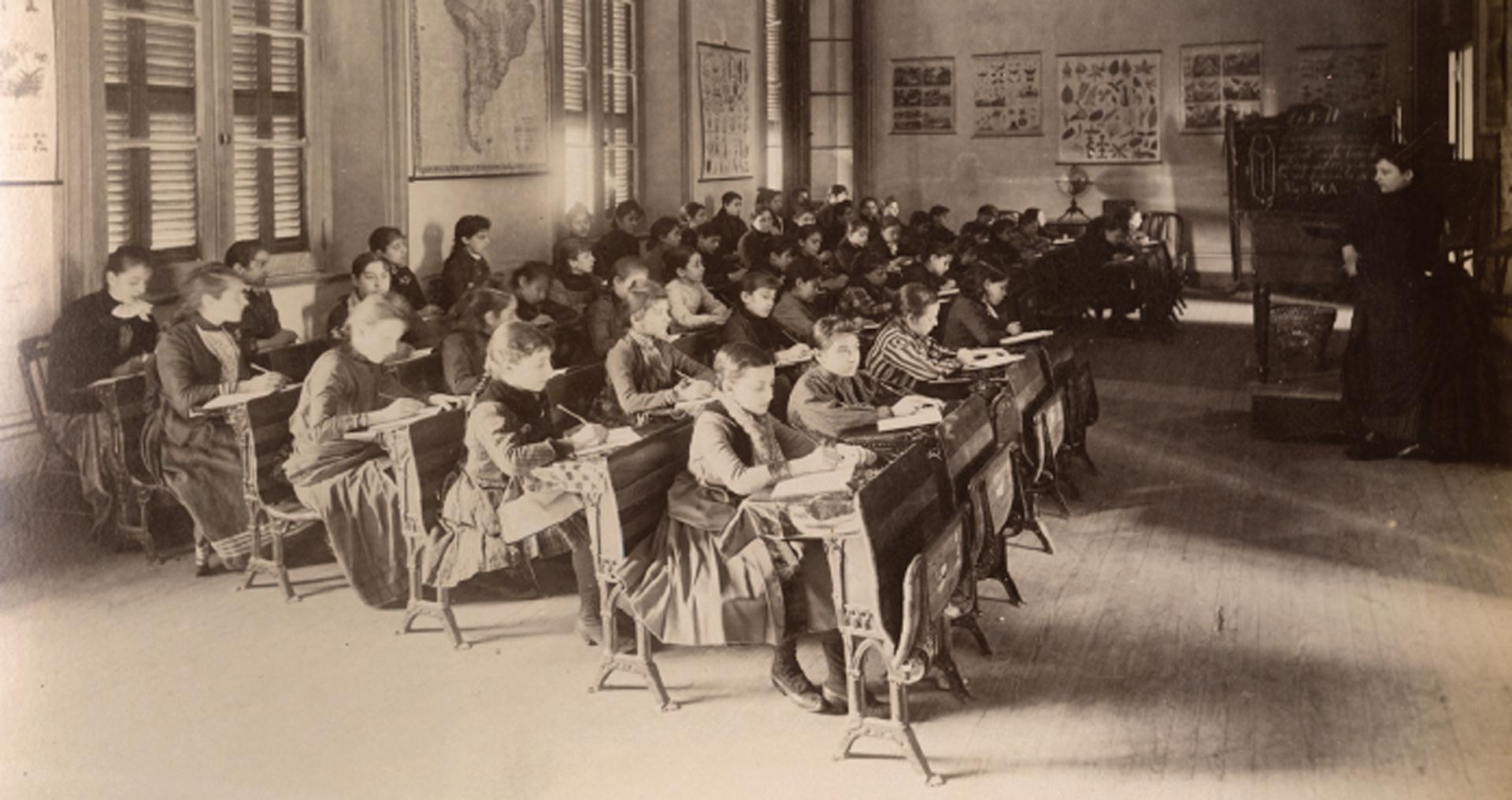 El Museo Histórico Sarmiento presenta su exposición temporal un objetivo compartido… La Educación