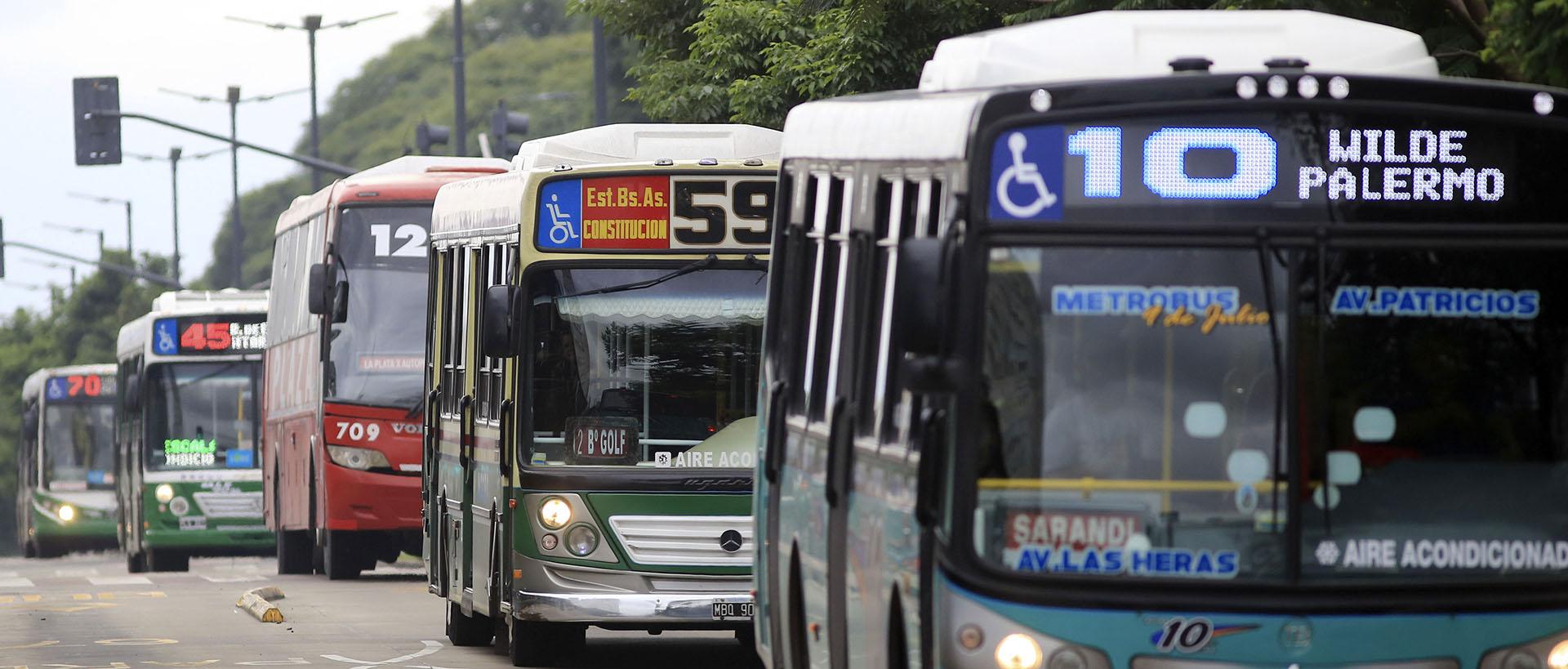 El pasajeen San Pablo, Río de Janeiro, Montevideo y Santiago de Chile es 80% más caro (NA)
