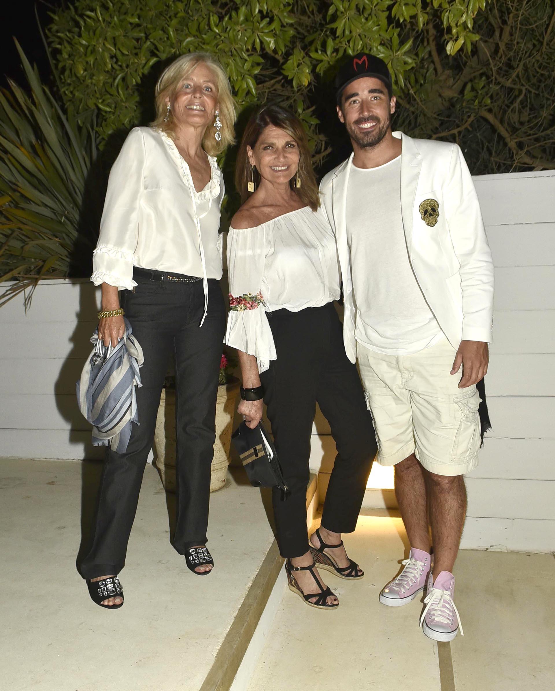 Cecilia Zuberbuhler, Teresa Calandra y Nacho Viale