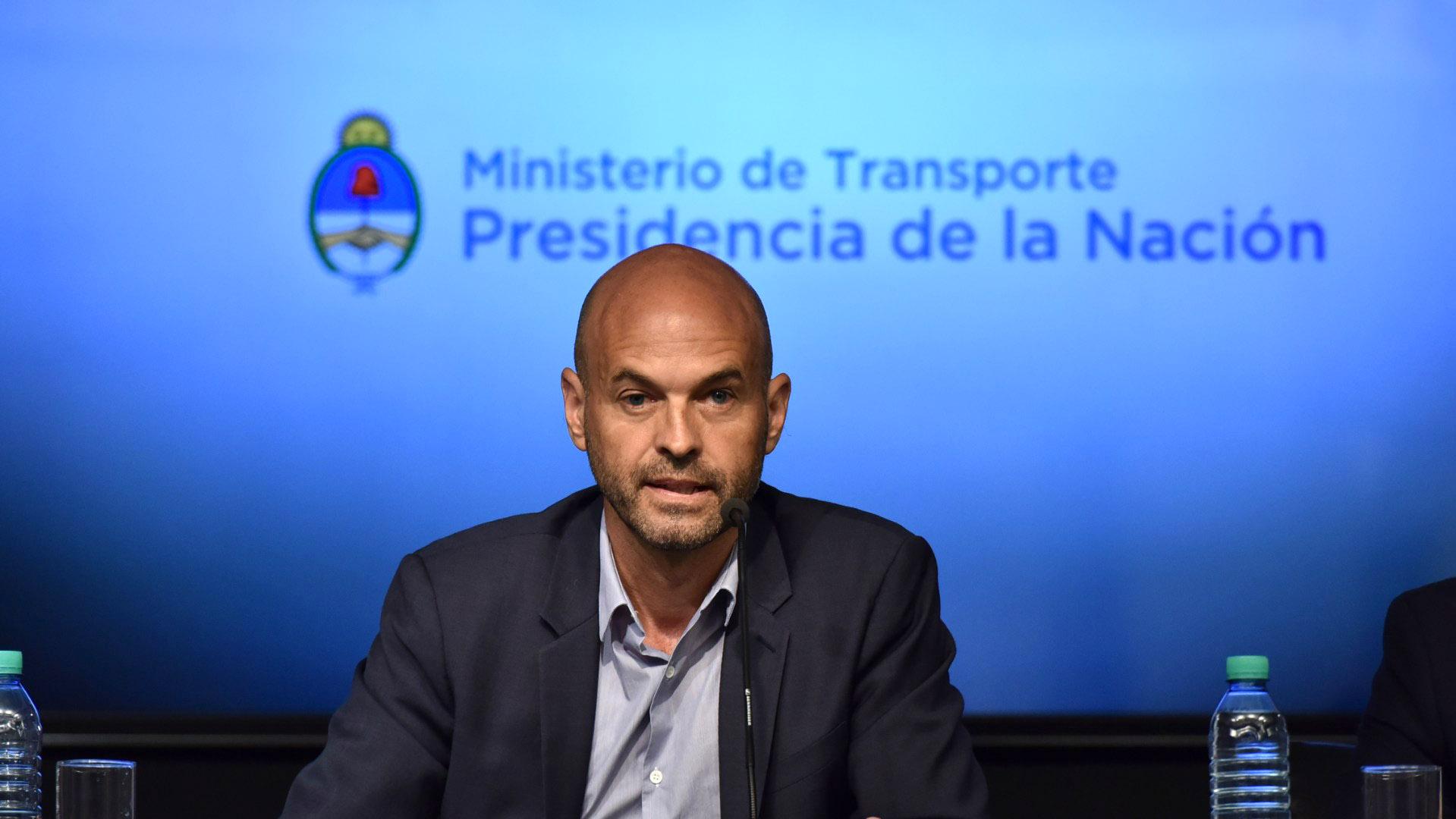 El anuncio de los aumentos que comenzarán el jueves fue realizado por el gobierno el 3 de enero (Adrián Escandar)