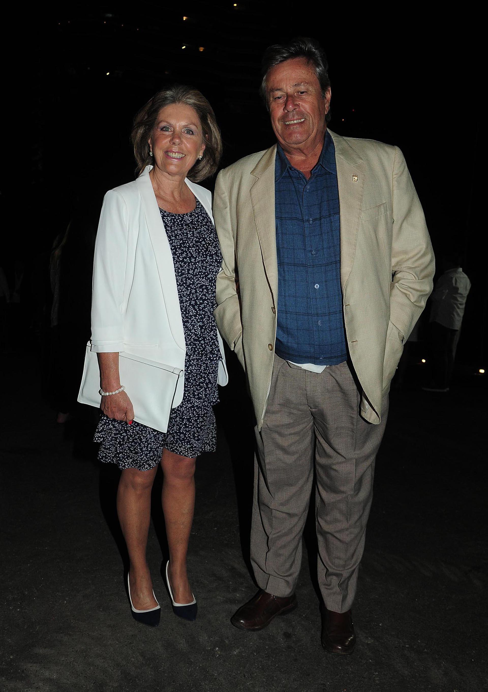 El intendente de Maldonado, Enrique Antía, y su mujer