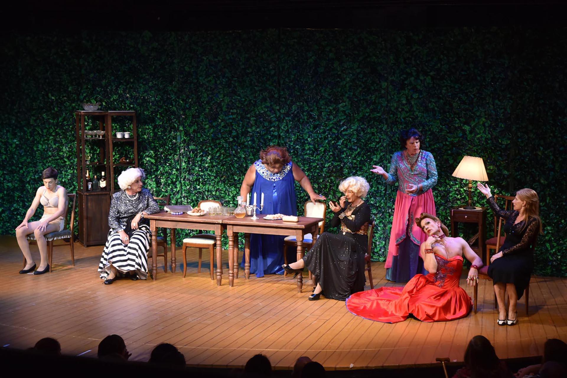 La pieza teatral fue un éxito en Broadway y desde hace varias temporadas se realiza con buenos resultados en Buenos Aires