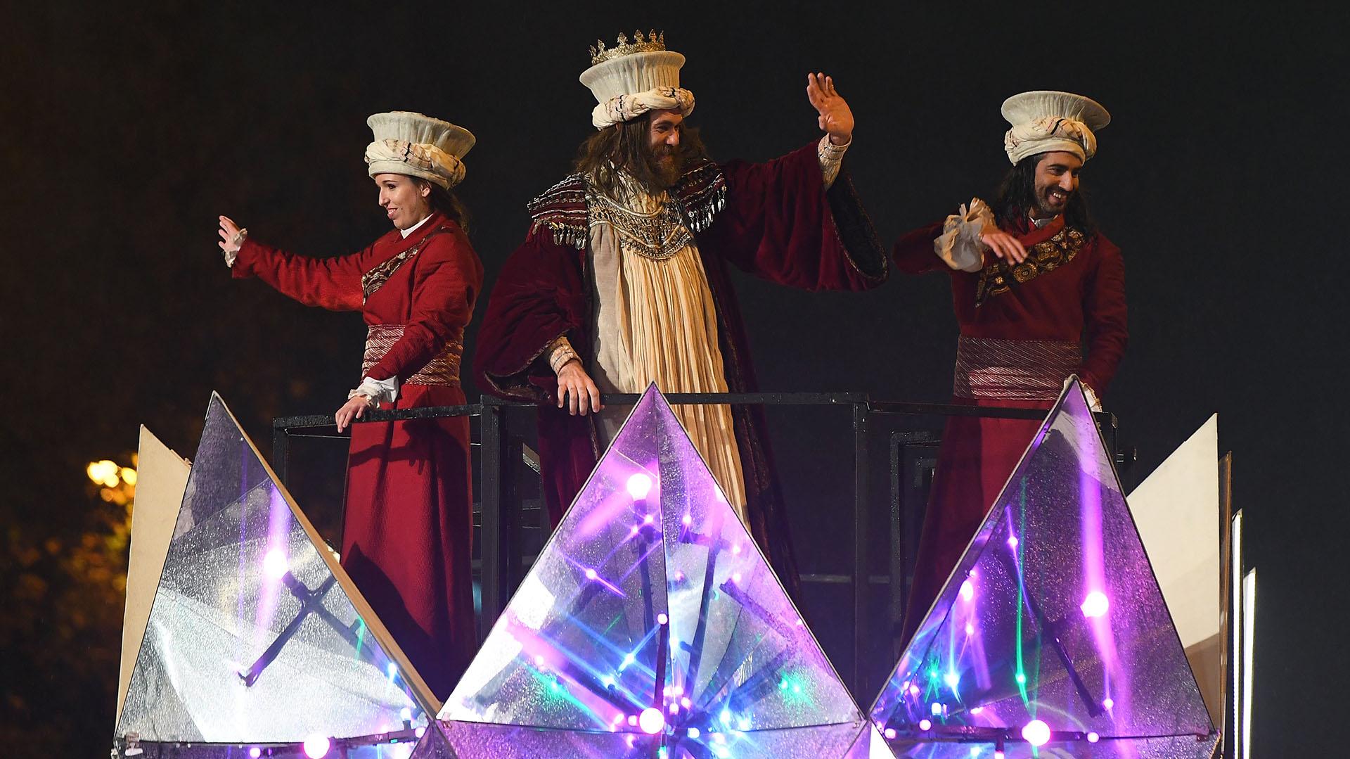 La cabalgata de los Reyes Magos en Madrid, España (AFP)