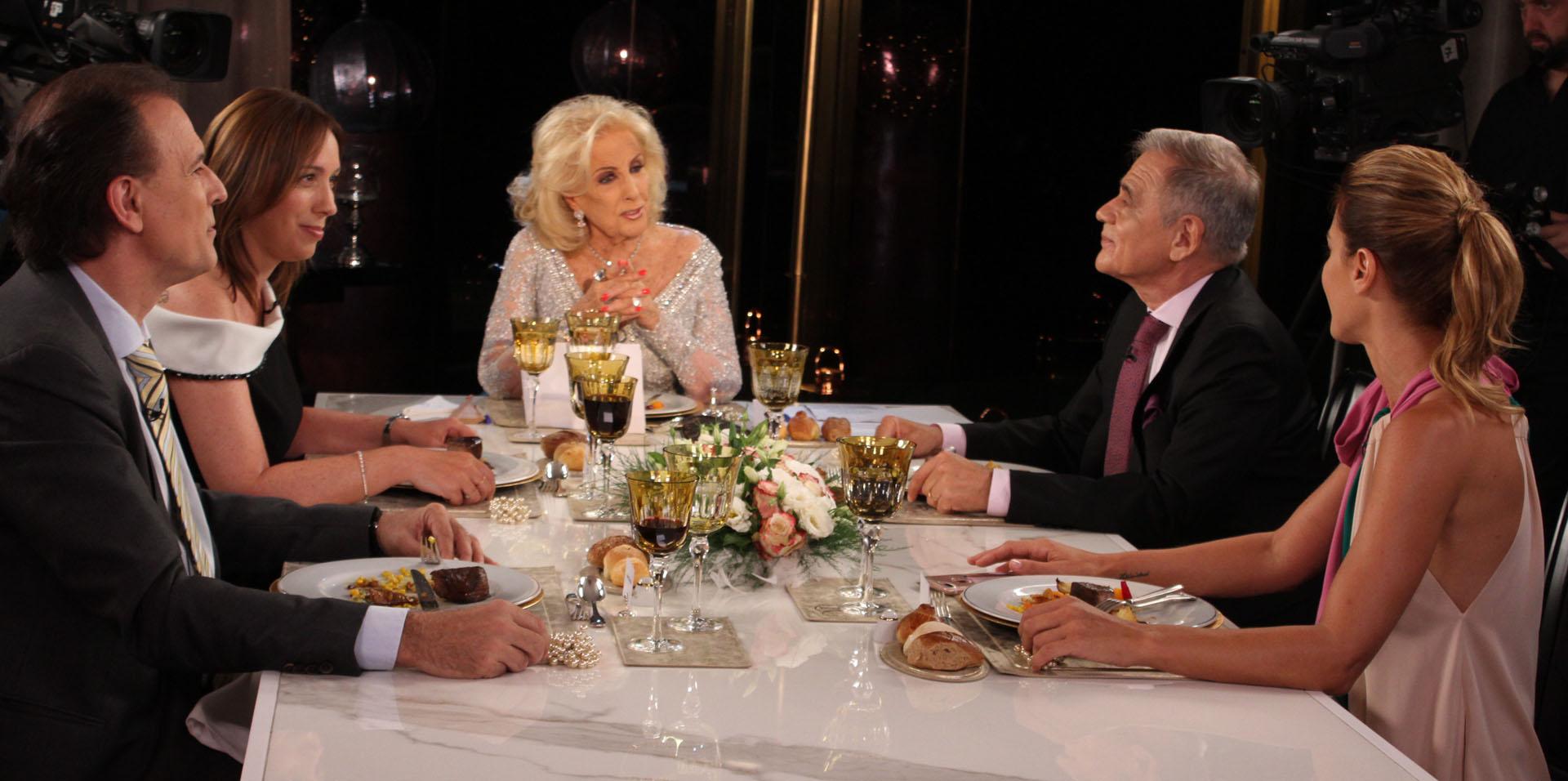 La mesa la completaron Daniel Santoro, Julio Bazán y Eugenia Tobal