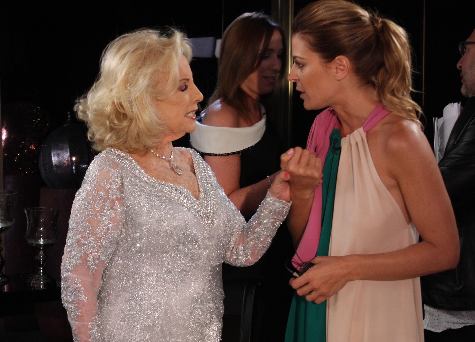 Mirtha y Eugenia se quedaron charlando unos minutos, muy interesadas, luego del programa