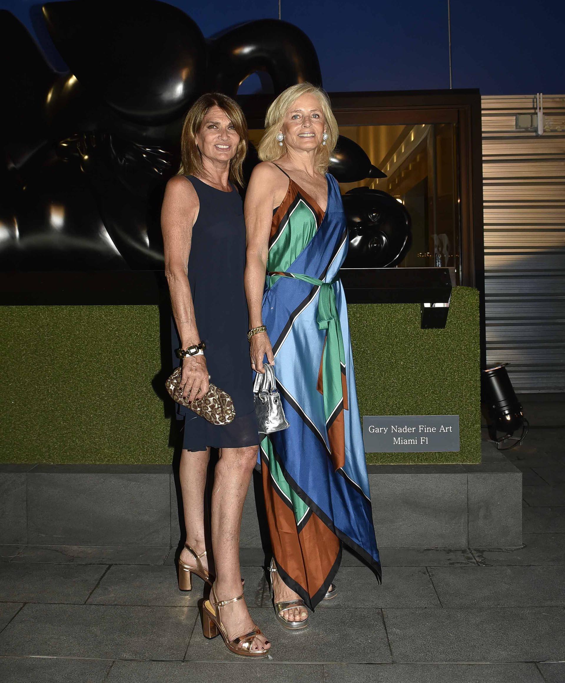 Teresa Calandra y Cecilia Zuberbuhler vestida por Diane Von Fustenberg