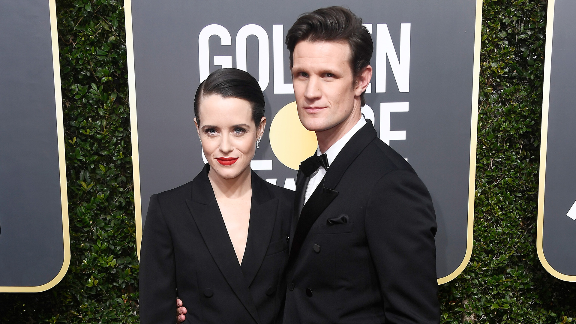 Claire Foy y Matt Smith (AFP)