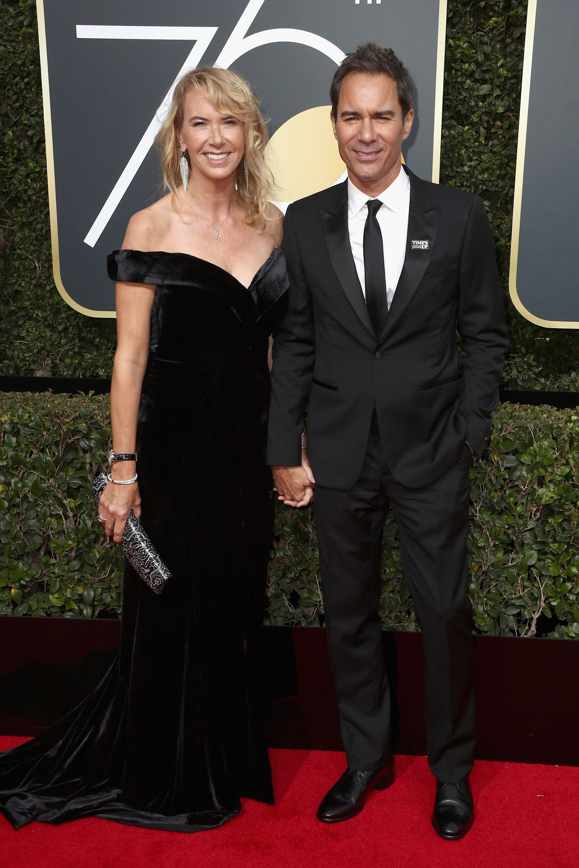 Janet Holden y Eric McCormack (AFP)