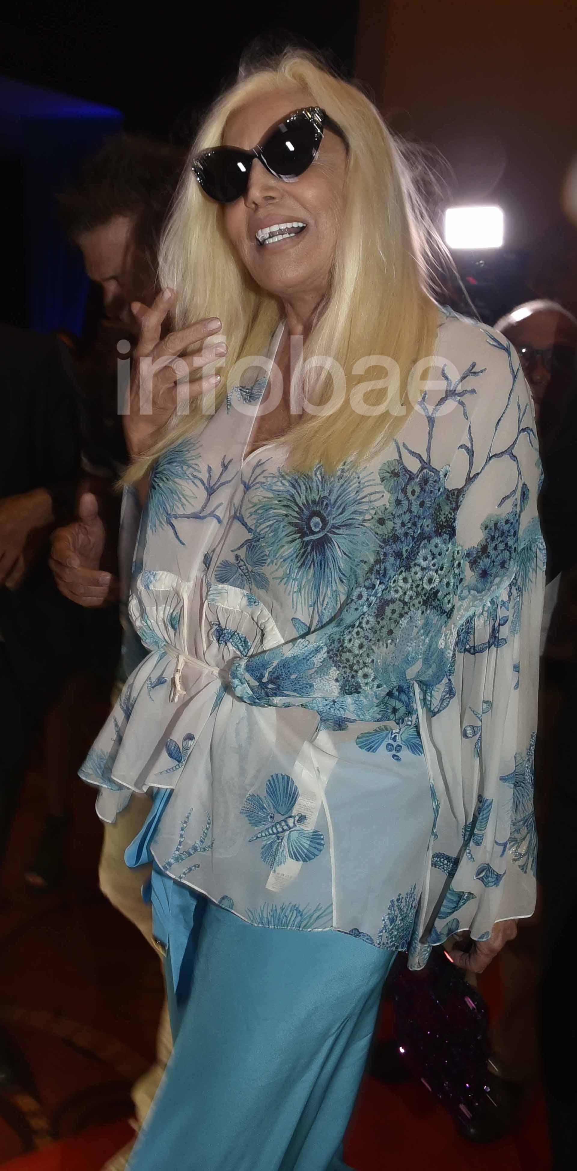 Susana Giménez arribó puntual a la función especial que realizó Stravaganza en Punta del Este