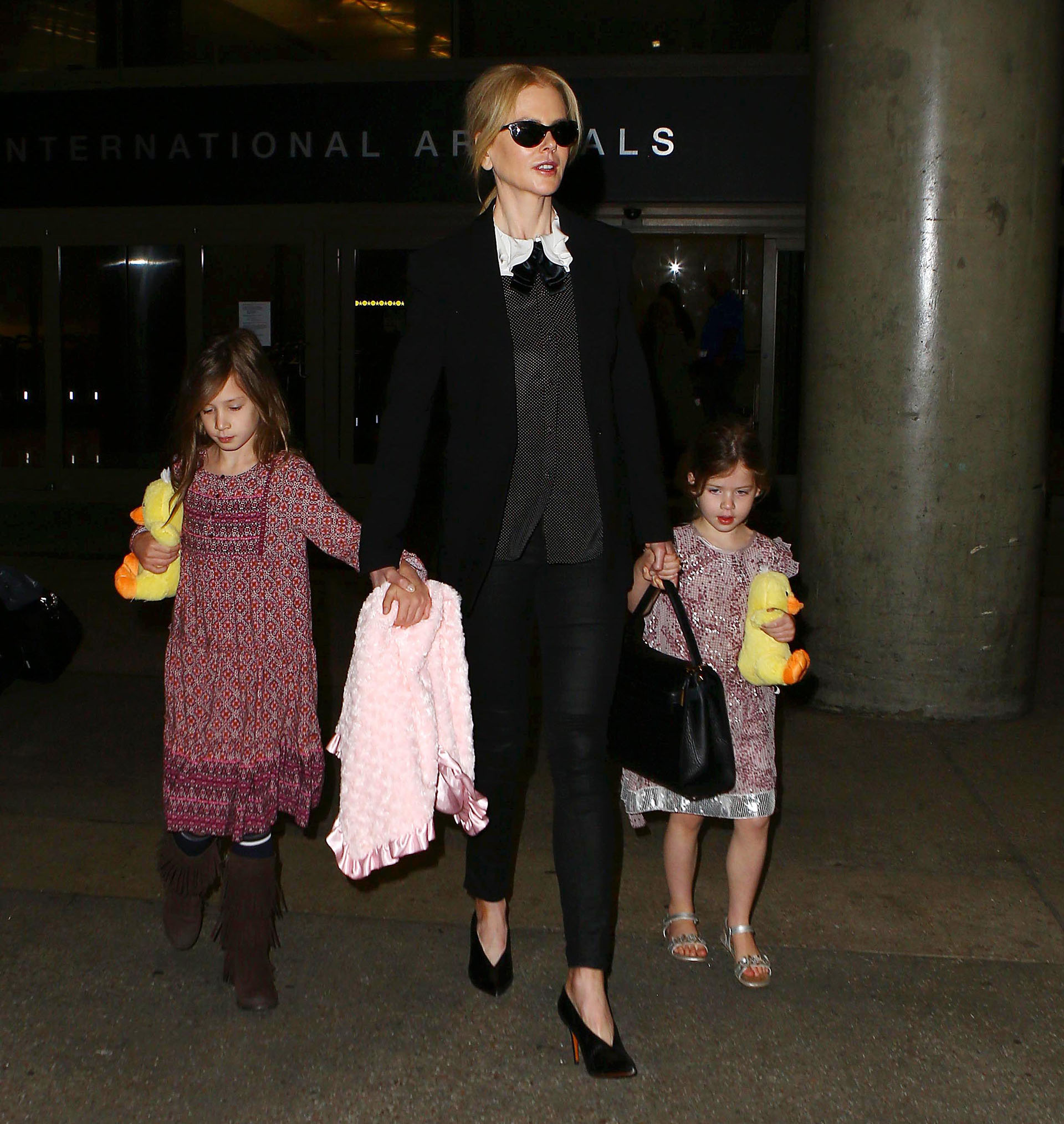 Nicole Kidman con sus hijas Sunday Rose y Faith Margaret (The Grosby Group)