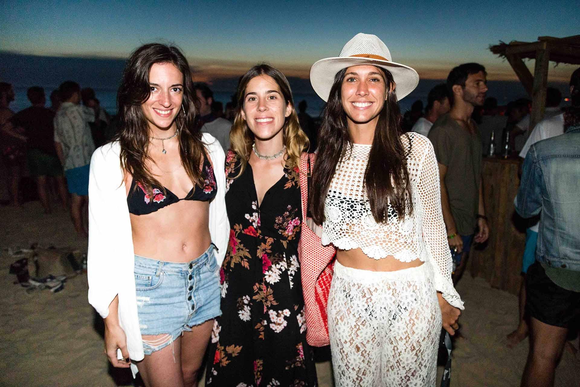 Los after beach son ideales para seguir la fiesta con amigos y disfrutar del atardecer.