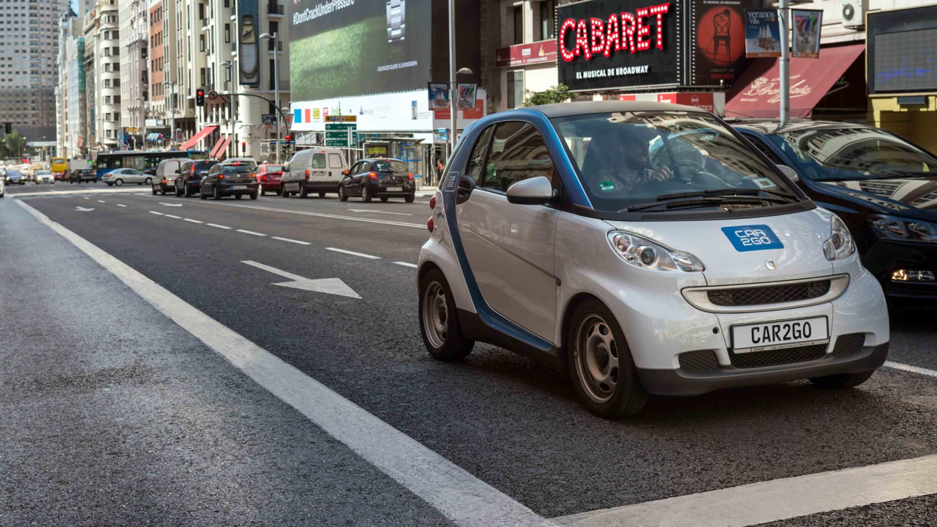 La tendencia se sustenta en la optimización de los servicios de car-sharing y el transporte público