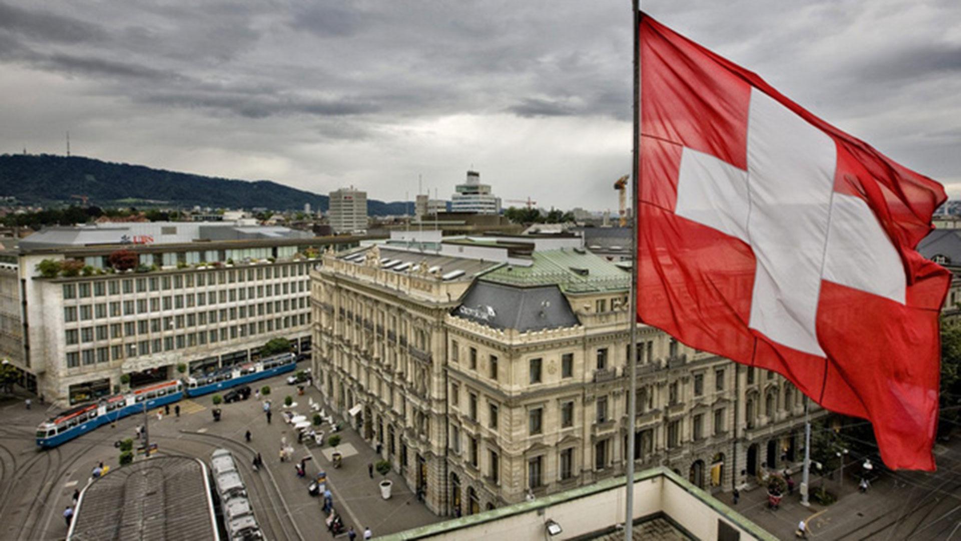 Un anciano fue acusado de robar un banco en Suiza