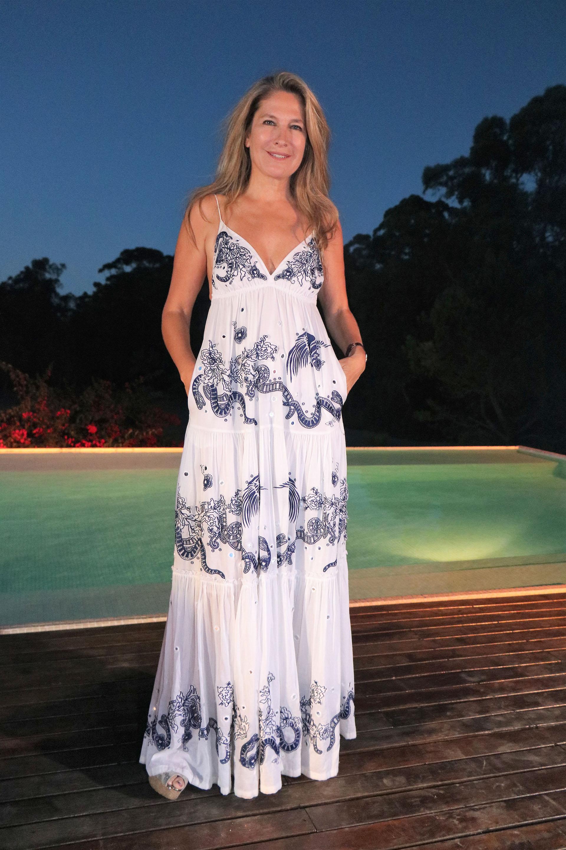 Ana Rusconi estuvo entre las mujeres más elegantes del desfile del diseñador Fabio Toñanez