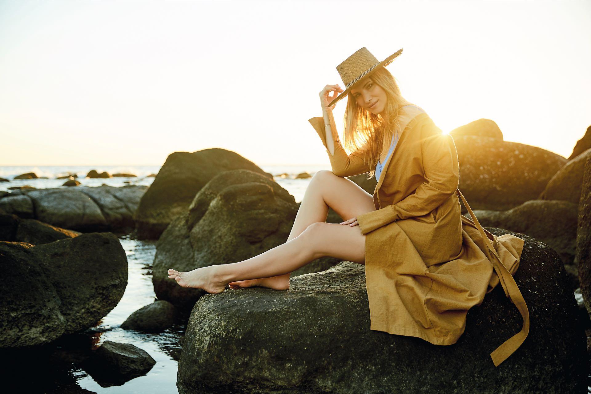 Soledad Ainesa en el sunset, postal imperdible de Punta del Este. Foto Raúl de Chapeaurouge/Para Ti.
